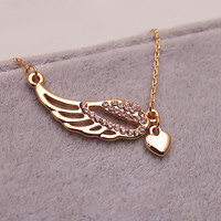 Hollow Diamond Angel Wings Love Necklace