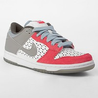 Nike 6.0 Dunk Low Shoe - Women&#x27;s Shoes | Buckle