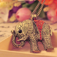 Retro Rhinstone Elephant Necklace