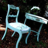 Pretty petite desk and chair by theuptowncottage on Etsy