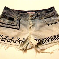 Cut-Off Tribal Print Bleached Jean Shorts Size 5