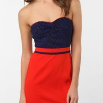 UrbanOutfitters.com > Silence & Noise Sweetheart Bodycon Dress