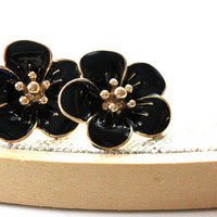 Black color flower earrings -  fun and cute posts earrings.