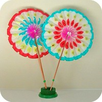 1 Vintage Japan Paper Rosette Fan by HeyYoYo on Etsy