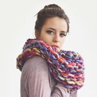 Colorful cowl / Hand knitted