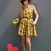 Sunflower sundress - Size 14 FREE WORLDWIDE SHIPPING