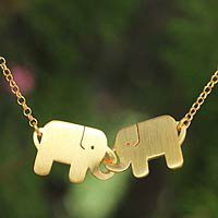 Gold plated pendant necklace, Elephant Friendship