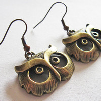 Owl earrings Antique Brass Owl Earrings Owl by RobertaValle