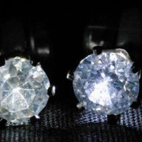 New Flashing Night Ice ® LED Earrings - White