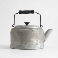 Vintage Tea Pot  Kettle Metal Kitchen Retro by Hindsvik on Etsy