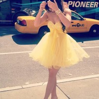 Lovely Sweetheart Yellow Mini Tulle Prom Dress
