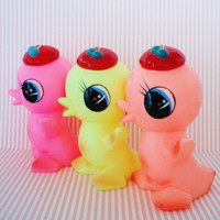 Vintage Rubber Squeak Toy-Chick-Bird-Yellow-1960S-Kitsch-Kawaii-Cute-Mint-Pre Blythe-Baby