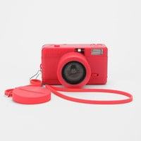 Urban Outfitters - Lomography - Appareil photo fisheye - Rose