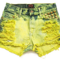 70% SALE High waist jean shorts XS