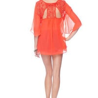 Macrame Eye Top in Coral :: tobi