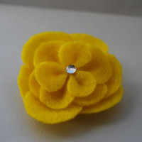 Yellow Felt Flower Hair Clip with Sparkle by PosiesandPetals