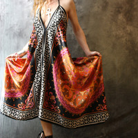 Vintage 1980s Hippie Gypsy India Scarf Dress Halter Backless Style