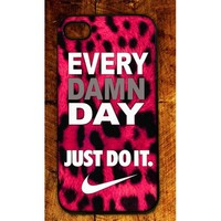 Amazon.com: Custom Rubber Nike Logo case cover for iphone 4 4s best case DO IT EVERYDAY: Cell Phones & Accessories