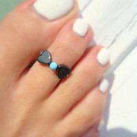 Bow Tie - Hematite Hearts - Turquoise Stretch Bead Toe Ring
