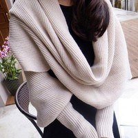 Woolen Scarf with Sleeves
