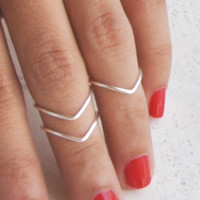4 Chevron Above Knuckle Rings from Silver Plated Wire, Simple design.