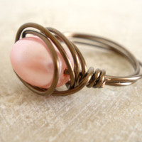 Pastel pink glass bead wire wrapped cocktail ring, womens fashion, teen,