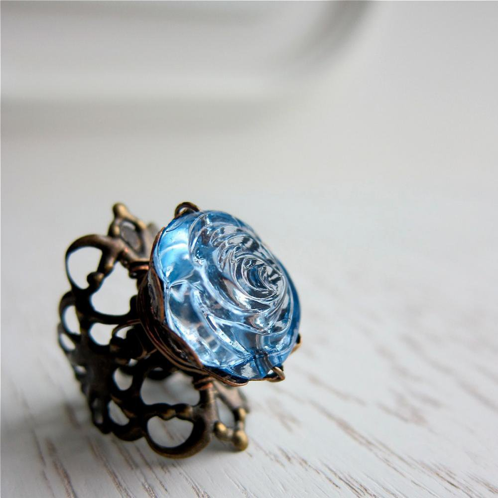 Nostalgic Rose Ring - Vintage Lucite In Vintage Blue on Luulla
