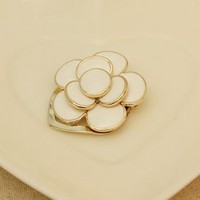 White Cute Delicate Flower Brooches Girls - Simmee.com