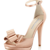 Vera Wang Lavender - Safia Satin Pump, Latte - Last Call