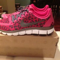 Womens Nike Free 5.0 V4 Leopard Pink Running Shoe New Size 10 LIMITED EDITION