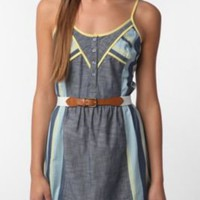 Urban Outfitters Staring at Stars Pop Bound Chambray Dress