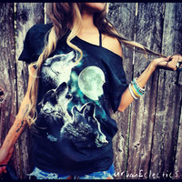 3 Howling Wolves Off the Shoulder Shredded TShirt SML