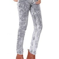 The Acid Wash Mid Rise Skinny Jeans by Youreyeslie.com Online store> Shop the collection