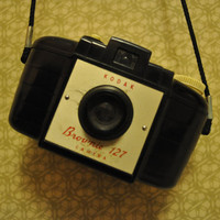 Kodak Brownie 127 1952, Model 1, with cover.