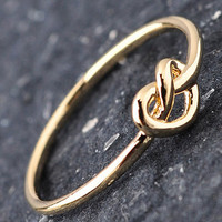 Knot Knuckle Ring: Gold [ERI751] - $9.99 : Spotted Moth, Chic and sweet clothing and accessories for women