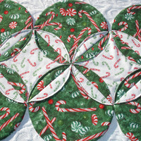Christmas Table Runner Quilt - Green, Red, White - Candy Cane