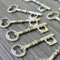 Wholesale Lot 10pcs Steampunk Victorian wholesale antique silver skeleton key pendant charm necklace Alice in Wonderland 103  jewelry