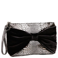 SIDE TO SIDE WRISTLET - Betsey Johnson