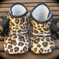 Little Diva's Cheetah Crib BOOTS With SWAROVSKI by RockkandyKids