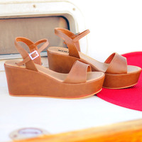 Walk On The Dock Wedges: Brown | Hope&#x27;s