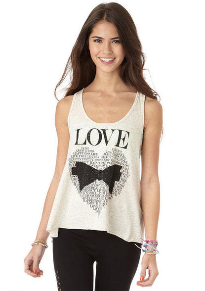 Find Girls Clothing And Teen Fashion From Delia S Clothes