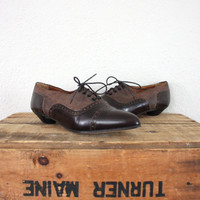 Vintage Shoes // Vintage Spectators // Retro Leather Spectators // Vintage Brown Lace-Up Shoes
