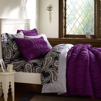 Ruched Quilt + Sham