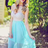 On Cloud Nine Maxi Dress: Mint | Hope's
