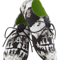 Walk a Smile Flat | Mod Retro Vintage Flats | ModCloth.com