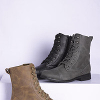 dELiAs Wanted Prague Lace-Up Boot
