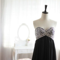 Black Chiffon Prom Dress Strapless Sweetheart by wonderxue on Etsy