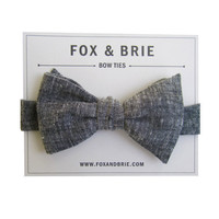 Charcoal Crosshatch bow tie by FoxandBrie on Etsy