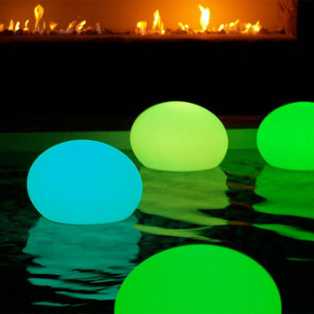 Infinita Smart and Green All Weather Lighting Flat Ball LED Light - 19.7 in. diam., Red
