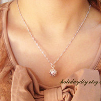 silver-plated exquisite ball hollow choker necklace